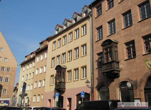 GEPFLEGT WOHNEN - Charmante 2 Zi-Whg. mit BALKON und EINBAUKÜCHE, direkt im BURGviertel