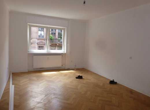 3er WG gesucht?! Großzügige, helle Etagenwohnung mit großer Wohnküche in stilvollem Altbau!