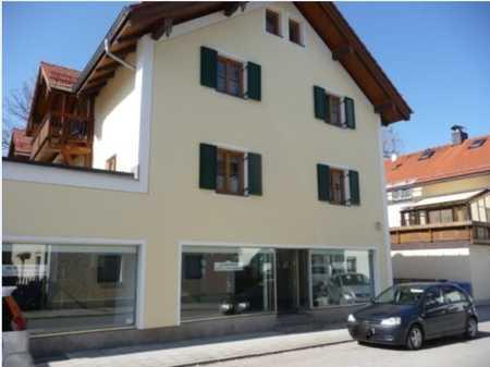 Schön + ruhig - 3 Zimmer-Wohnung mitten in Hausham mit großem Südbalkon in Hausham