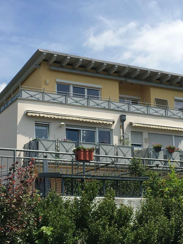 800 €, 90 m², 3 Zimmer in