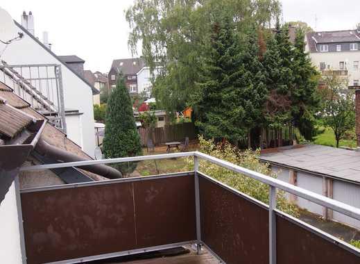 DACHGESCHOSS mit SÜD-Balkon, RUHIG & Zentral an Trasse & Klinikum