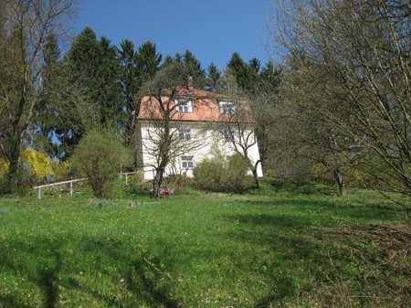 3Zi-EG Wohnung mit Balkon u. großem Garten in ruhiger Lage mit Blick auf Passau in Grubweg (Passau)