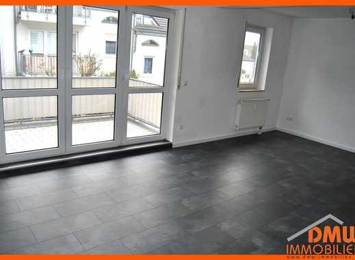 Renovierte, helle u ruhige 2 ZKB, Balkon, Garage, Keller, Abstellkammer, EBK Für Single oder Paar