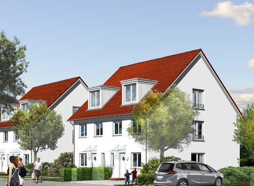 Viel Platz für Familien: Doppelhaus in Berlins Grüngürtel mit schönem Garten