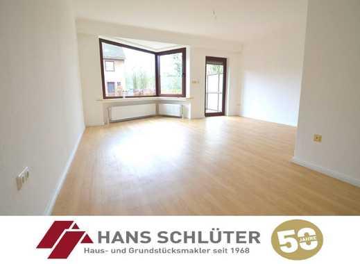 Erstbezug nach Modernisierung: Reihenhaus mit 4 Zimmern und Südgarten!