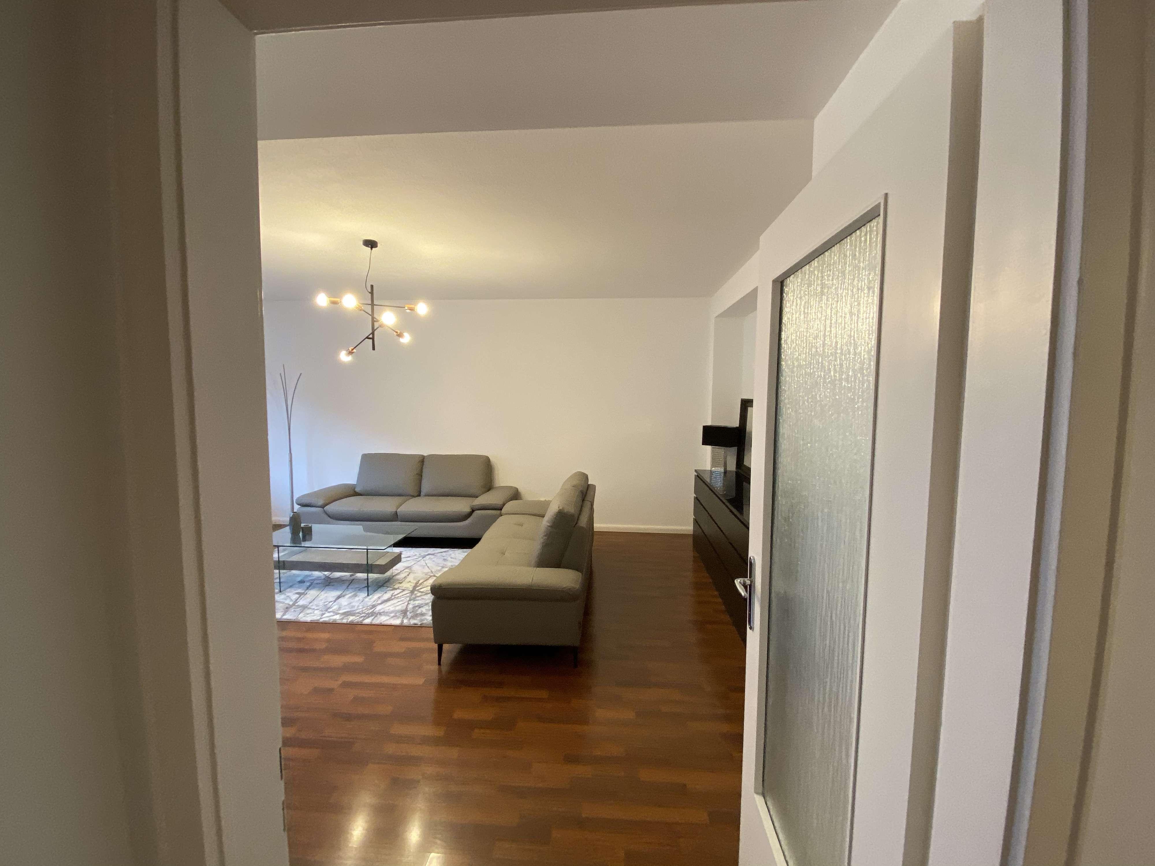 Luxus-2.5.Zim-Apartment-Münchner Freiheit in Schwabing (München)