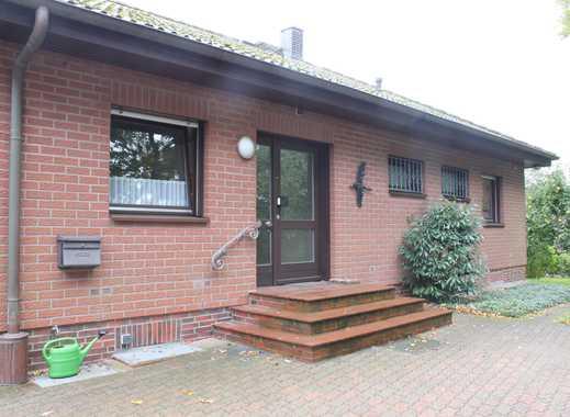 Schönes, geräumiges Haus mit drei Zimmern in Stormarn (Kreis), Ahrensburg