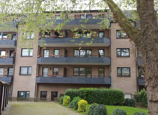 Helle großzügige Wohnung mit ruhigem Balkon