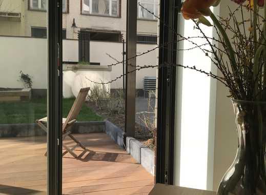 Erstbezug nach Sanierung: attraktive 1-Zimmer-EG-Wohnung mit EBK und Terrasse in Kreuzberg, Berlin