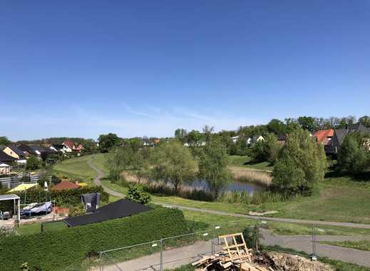 Exklusive 2-Zimmer-DG-Whg im Grünen mit einer Dachterrasse und Massivholzdiele in Dallgow-Döberitz