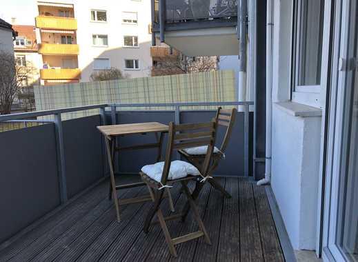 Möbliert - neuwertige 1-Zimmer-Wohnung mit Balkon und EBK in Stuttgart-Mitte