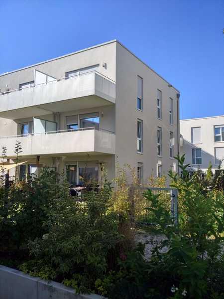 *by imnobilia! Helle, neuwertige 2-Zi.-Whg. mit Balkon- NÄHE GEWERBEPARK in Brandlberg-Keilberg (Regensburg)