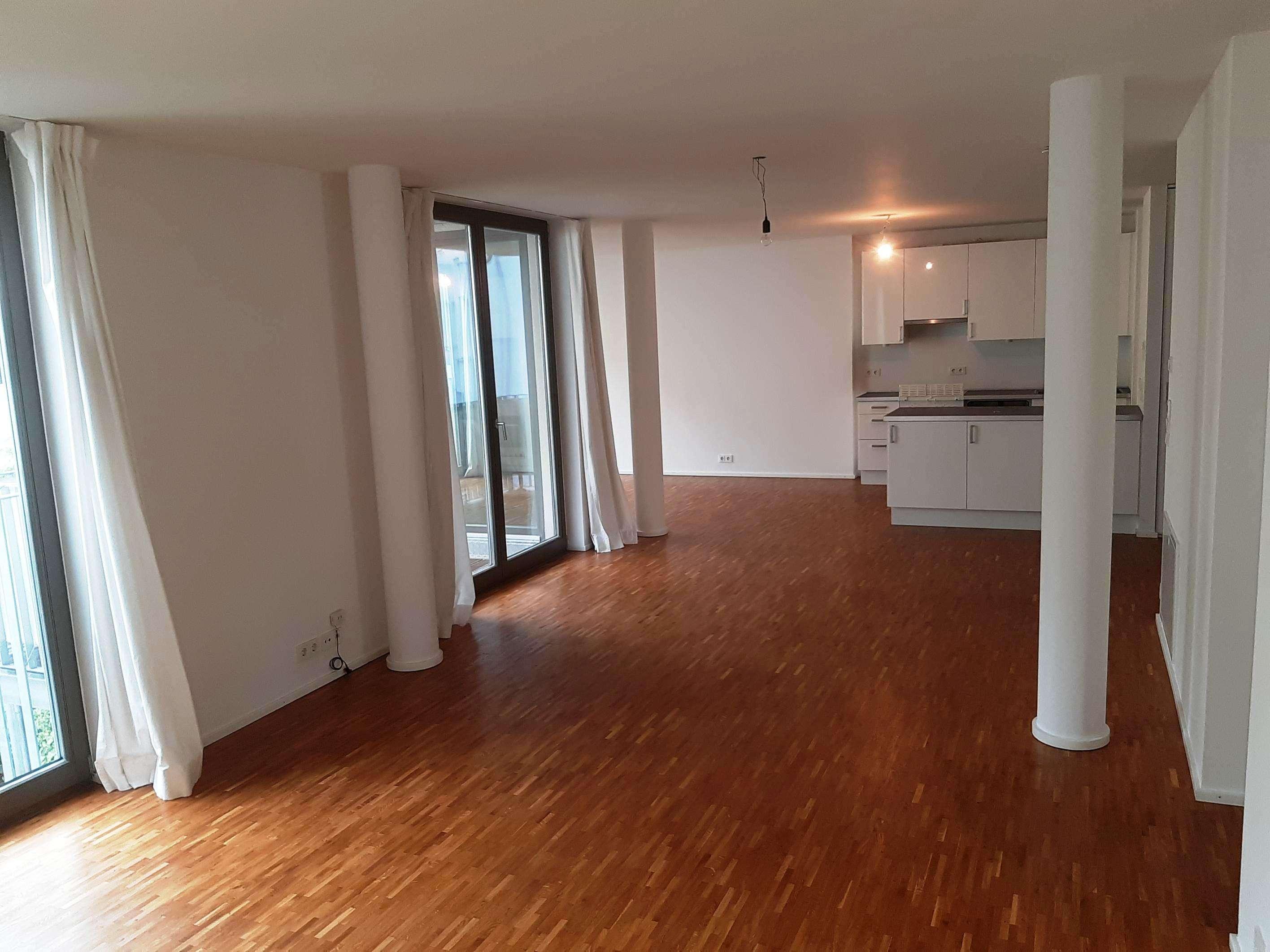 Moderne 3,5-Zimmer-Wohnung mit Balkon und EBK in Au, München