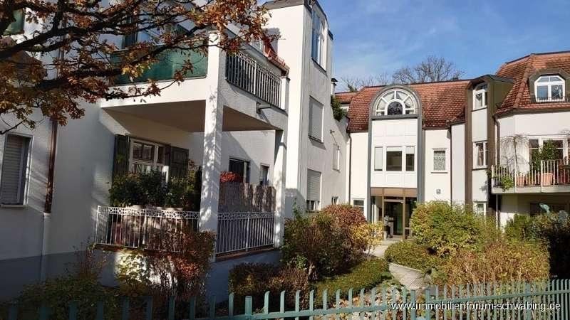 Soeben renovierte 2-Zimmer-Gartenwohnung in grüner, ruhiger Lage von München-Solln ! in Solln (München)