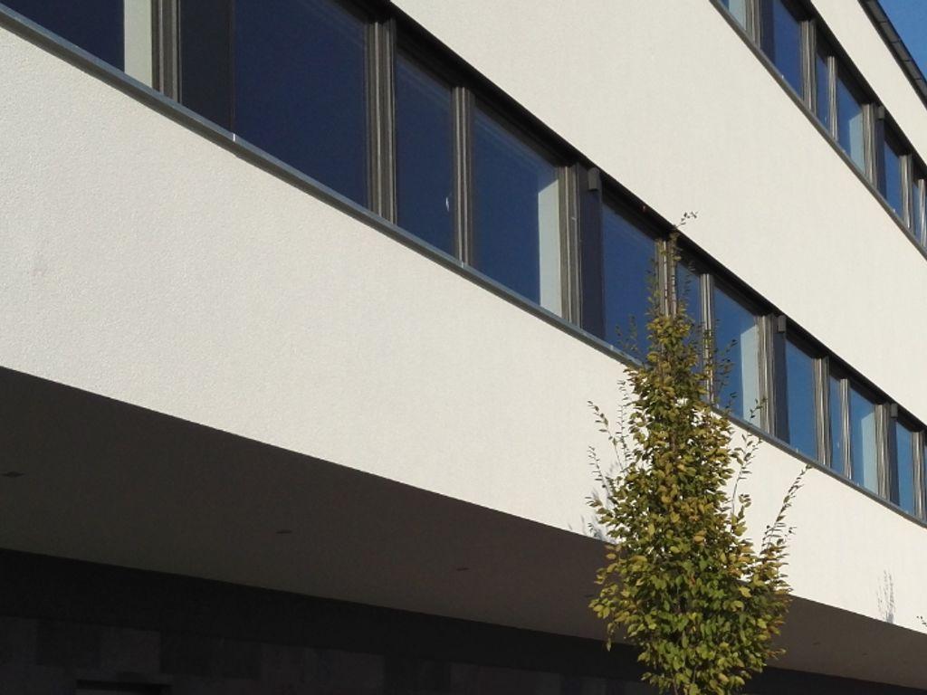 Bürogebäude neu