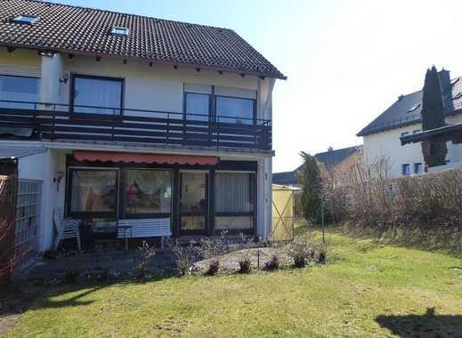 Familiengerechte Doppelhaushälfte mit Garten und Garage in bevorzugter Lage von Naila