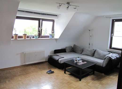 2 ZKB Wohnung im 1. OG, mit EBK + Keller, ruhig + hell, frisch saniert