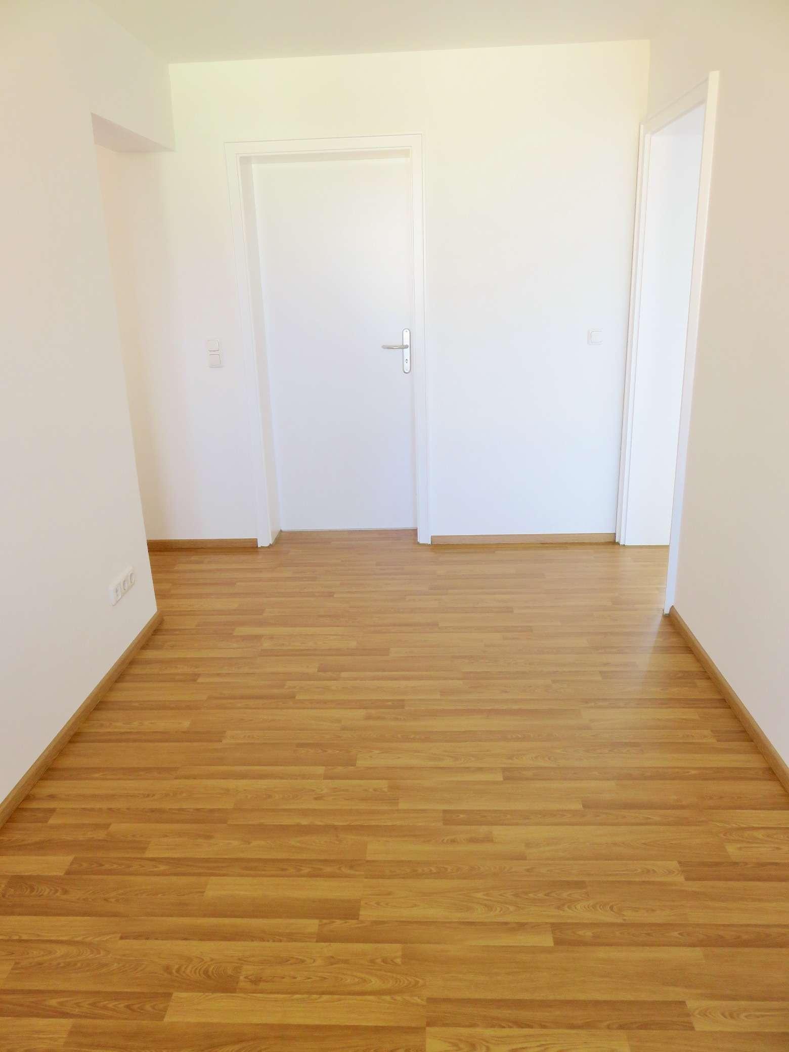 Helle 4-Zimmer-Wohnung im Hasenbergl! in Hasenbergl (München)
