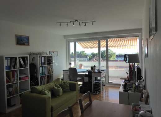 Helle 1-Zimmer-Wohnung mit Balkon und Einbauküche in Straubing Süd