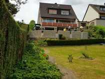 Gepflegtes Haus mit großen Garten