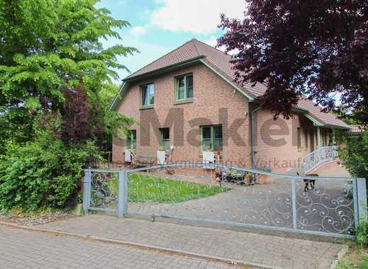 Exzellente Wohnoase in Top-Lage mit traumhaftem Garten, Sauna und großer Garage - 2 Whg.  möglich