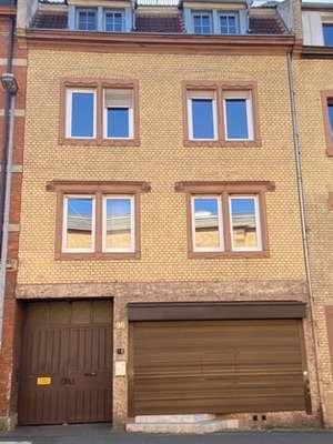 Frisch renovierte 3,5 Zimmer Altbauwohnung direkt gegenüber der TH  in
