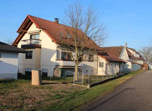 Lichtenau - hier läßt sich gut wohnen! Zweifamilienhaus mit Einliegerwohnung