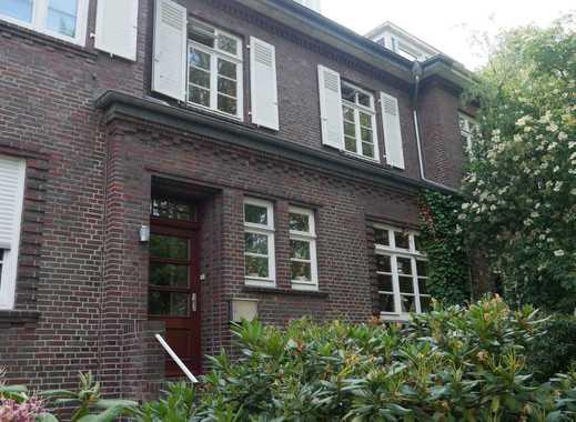 5,5-Zimmer-Wohnung mit SW-Balkon in Bremen-Schwachhausen