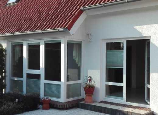 Doppelhaushälfte in Rostock, OT Lichtenhagen-Dorf