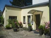 Ebenerdiges Haus mit drei Zimmern
