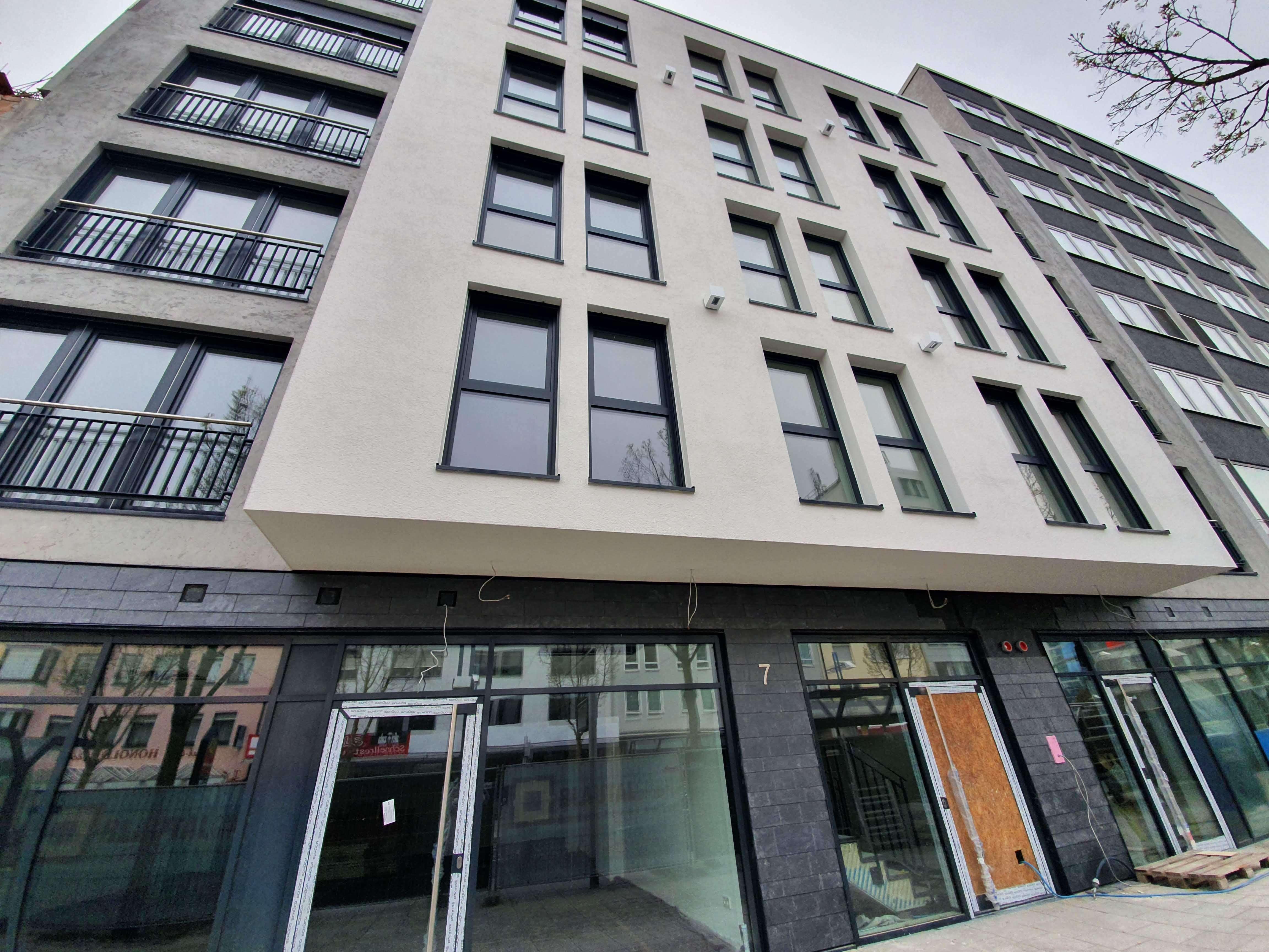 Neubau: 3-Zimmer-Penthouse mit EBK und 20qm Terrasse in bester Citylage Neu-Ulm