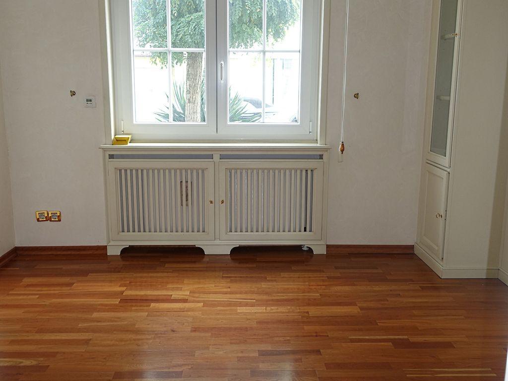 Außergewöhnliche 4-Zimmer-Wohnung mit Sauna, Kamin ...