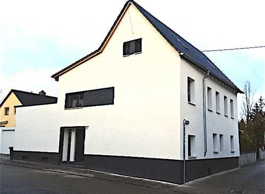 """* * * Einfamilienhaus im """"Stadthaus-Stil"""" gefällig? * * *"""