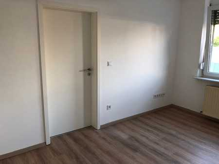 Totalrenovierung 2020: Traumhafte 2-Zimmer-Wohnung mit 57 qm zur Miete in Scherbsgraben / Billinganlage (Fürth)