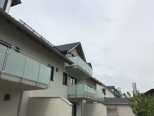 Traumhafte Dachgeschosswohnung mit unverbautem Blick vom großen Südbalkon/Erstbezug/Einbauküche
