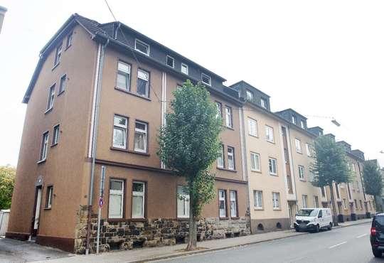hwg - Den Einkauf bequem zu Fuß erledigen! Großzügige DG-Wohnung in der Hattinger Innenstadt!