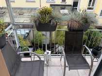 Moderne 3-Zimmer-Altbauwohnung mit Balkon und