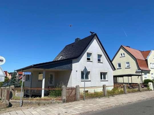 Kernsaniertes zu 85% fertiggestelltes Einfamilienhaus in gewachsener Wohnlage