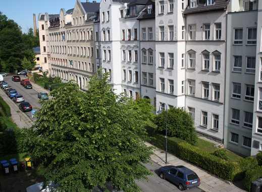 **jetzt mieten, 3-Raum Wohnung auf dem Kaßberg...Balkon u. Badewanne sowie 1 Monat Kaltmietfrei...**