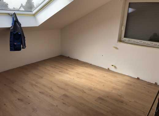 Komplett sanierte 6-Zimmer-Wohnung mit Terrasse auf zwei Etagen