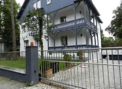 Stilvolles Wohnen auf 197qm, 2 Kamine, 2 Terrassen, 2 Bäder und Garage und Garten