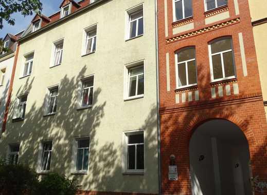 Schöne WG-geeignete Wohnung im Süden von Halle