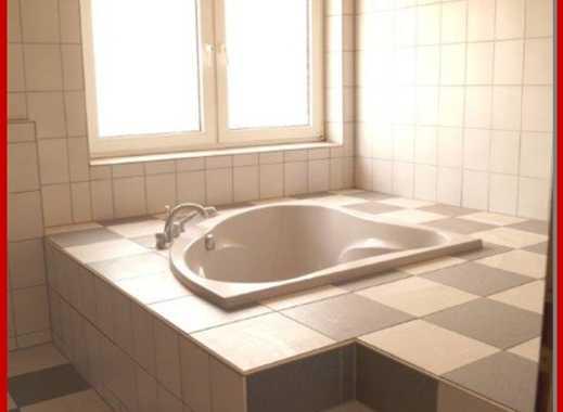 ***huesch-immobilien.de***  Tolle charmante 3,5 -Zimmer Wohnung in guter Lage in Essen-Schonnebeck