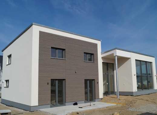 Innovativer Neubau mit vielen technischen features als Studentenvilla oder Familienwohnsitz.