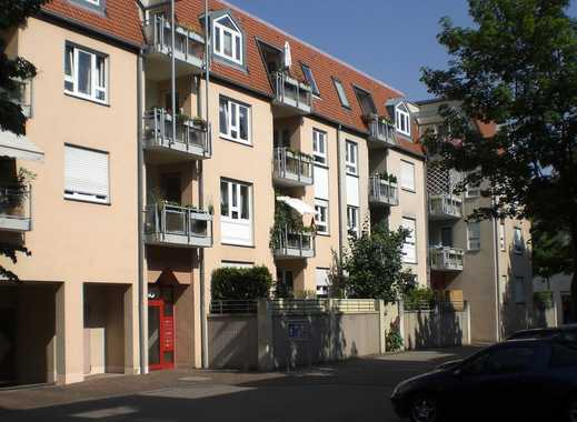 Geräumige Stadtwohnung mit Balkon