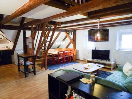 Moderne Dachgeschoss- Wohnung mit Galerie in Schönsee
