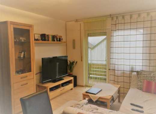 Attraktive 3-Zimmer-Wohnung mit großer Terrasse und Balkon, 1.OG in Salach