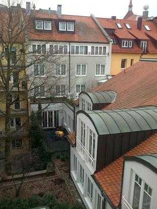 Wunderschöne möblierte Altbauwohnung mit Balkon in Lorenz in Altstadt, St. Lorenz (Nürnberg)