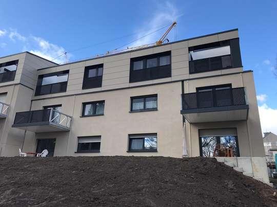 hwg - Willkommen in Ihrer neuen Wohnung!      2 - Zimmer, mit Balkon und offenem Kochbereich!