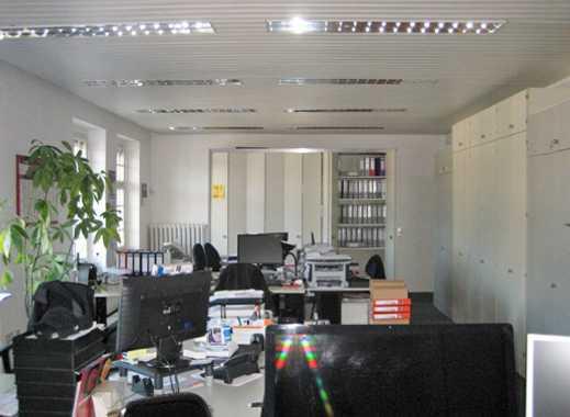 Provisionsfreie, helle Büroetage in zentraler Lage zu vermieten!